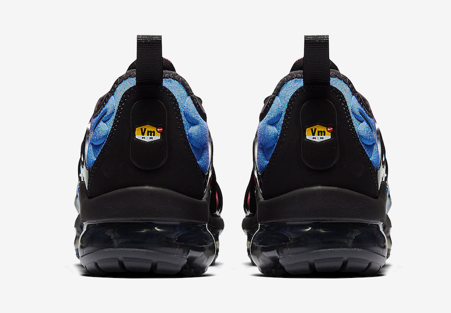 NIKE AIR VAPORMAX Plus(AO4550-001)